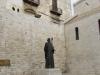 Бари. Базилика Св. Николая. Памятник Св. Николаю. Дар В.В. Путина